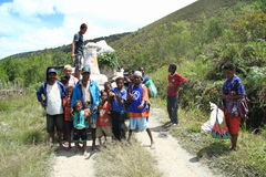 Papuan families in mountain Royalty Free Stock Image