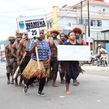 Papuan men and women from Wamena royalty free stock image