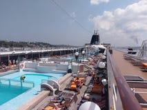 paquebot, transport de l'eau, bateau, bateau de croisière, navire, plate-forme, véhicule Image stock