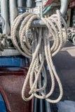 Paquet de corde dans l'expédition photographie stock libre de droits