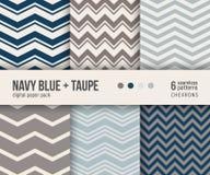Paquet de papier de Digital, 6 modèles classiques de chevron dans le bleu marine et taupe Photographie stock libre de droits