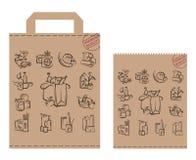 Paquete con la comida y las mercancías Foto de archivo libre de regalías