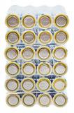 Paquete de baterías eléctricas del AA aisladas en blanco Imagen de archivo libre de regalías