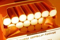 Paquete de cigarrillos Fotografía de archivo libre de regalías