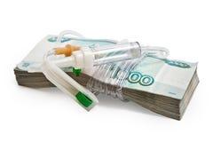 Paquete de dinero ruso con el dropper Imágenes de archivo libres de regalías