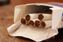 Paquete de los cigarrillos Fotos de archivo libres de regalías