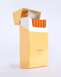 Paquete del cigarrillo Fotos de archivo libres de regalías