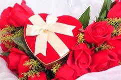 Paquete del regalo de la Navidad Fotos de archivo