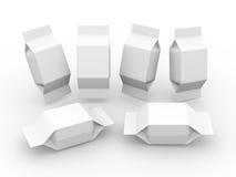 Paquete en blanco blanco para el producto cuadrado de la forma Imagen de archivo libre de regalías