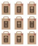 Paquetes de la comida de perro fijados Foto de archivo
