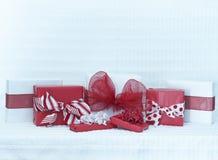 Paquetes del día de tarjetas del día de San Valentín Fotos de archivo
