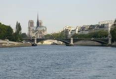París 27, Notre Dame Imagenes de archivo