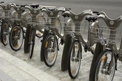 París, alquiler público de la bicicleta Imagen de archivo libre de regalías