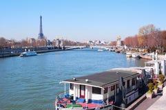 París del río Sena Foto de archivo libre de regalías
