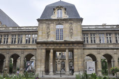 París, el 19 de julio: Edificio histórico de la plaza de Vendome de París en Francia Imagenes de archivo