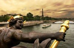París. En el Seine #2. Foto de archivo libre de regalías