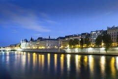 París en la noche, Francia Foto de archivo