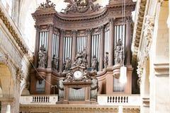 PARÍS, FRANCIA, EL 25 DE ABRIL DE 2016 Iglesia de DES Pres de St Germain Imagen de archivo