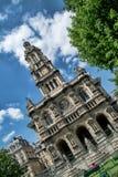 PARÍS, FRANCIA: La iglesia de la trinidad santa es una iglesia católica Fotos de archivo