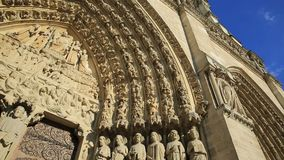 París Notre Dame metrajes