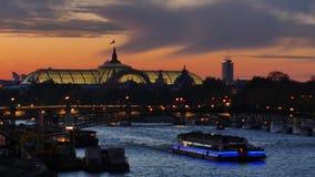 París por noche, Francia almacen de metraje de vídeo