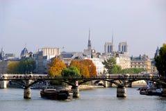 París Seine fotos de archivo