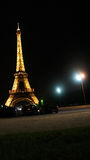 París. Torre Eiffel en noche Foto de archivo