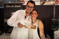 Par av cheesemakers på Golosaria 2013 i Milan, Italien Royaltyfri Fotografi