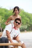Par av förälskat asiatiskt folk royaltyfria bilder