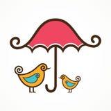 Par av gulliga fåglar under det rosa paraplyet Royaltyfria Bilder