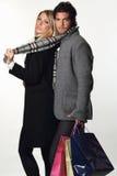 Par av modemodeller som bär vinterklänningen Royaltyfri Bild
