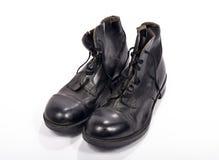 Par av skor av en brittisk soldat Royaltyfria Bilder