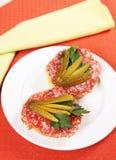 Par av smörgåsar med salami Royaltyfri Bild