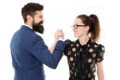 Par för armbrottning Konfrontation i regeringsställning Nederlag och seger affärsman och ledarskap för affärskvinna arkivfoto