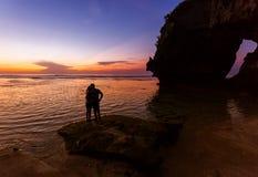 Par i den Suluban stranden - Bali Indonesien Arkivbild