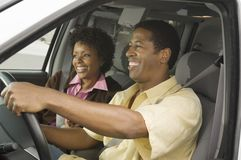 Par i en bil Arkivbild