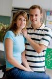 Par i kök arkivfoton