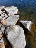 Par l'eau Image stock