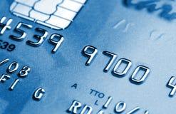 Par la carte de crédit bleu Photographie stock