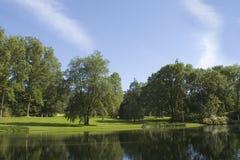 Par le lac Photos stock