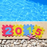 2015 par le poolside Photos stock