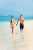 Par på strand Royaltyfri Bild