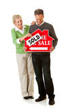 Par: Par som säljer deras hem Arkivfoton