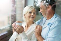par returnerar pensionären fotografering för bildbyråer