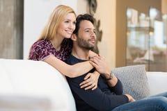 Par som drömmer om deras framtid Royaltyfri Bild
