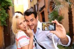 Par som tar bilden i Rome Royaltyfri Foto
