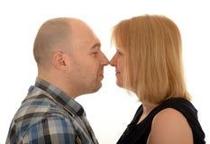 Par stod näsan för att nose Royaltyfria Foton