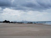 Paraíso de las personas que practica surf de la playa de Currumbin Fotografía de archivo libre de regalías