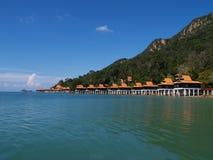 Paraíso luxuoso pelo mar Fotografia de Stock Royalty Free