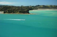 Paraíso marina, mar verde. foto de archivo